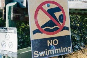 SWIMMING BANNED AT 3 WEXFORD BEACHES AFTER E.COLI DISCOVERED